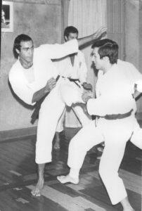 L'insegnamento di Karate e Yoga